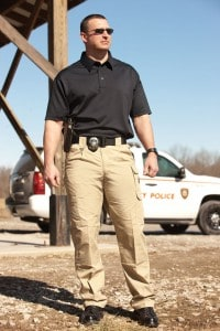 PROPPER-TACTICAL-PANT-LIGHTWEIGHT-IN-USE-2-F5252